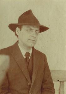Albert Edelmann mit Hut